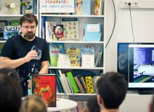 Писатель Игорь Малышев на Неделе детской книги