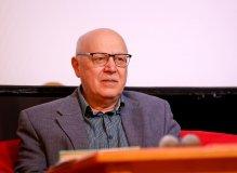 Поэт и переводчик Григорий Кружков